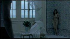 Голая писька Лиззи Брошере в фильме «Пение невест» фото #10