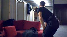 Голая Лиззи Брошере в фильме «За осенью следует зима» фото #7