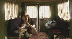 Голая Лиззи Брошере в фильме «Перевод с американского» фото #12
