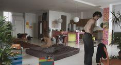Голая Лиззи Брошере в фильме «Перевод с американского» фото #27