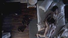 Голая Лиззи Каплан в сериале «Мастера секса» фото #9