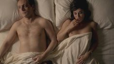 Голая Лиззи Каплан в сериале «Мастера секса» фото #49