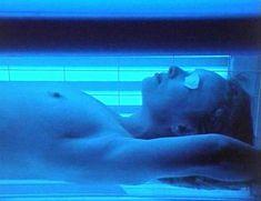 Голая Линдси Дункан в сериале «Траффик» фото #4