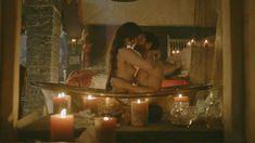 Голая Лора Хэддок в сериале «Демоны Да Винчи» фото #20