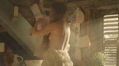 Голая Лора Хэддок в сериале «Демоны Да Винчи» фото #27