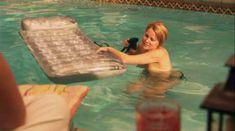 Голая Лорел Холломан в сериале «Секс в другом городе» фото #2