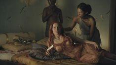 Голая Люси Лоулесс в сериале «Спартак. Кровь и песок» фото #12