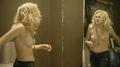 Голая Мадлен Брюэр в сериале «Хемлок Гроув» фото #10