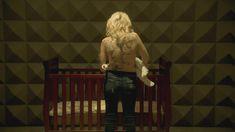 Голая Мадлен Брюэр в сериале «Хемлок Гроув» фото #13