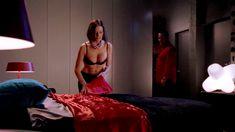 Голая Мадлен Уэст в сериале «Наслаждение» фото #22