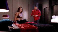 Голая Мадлен Уэст в сериале «Наслаждение» фото #24
