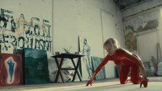 Голая МайАнна Бёринг в сериале «Белая жара» фото #2