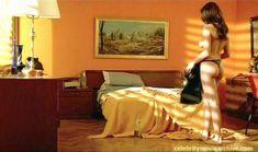 Страстная Мануэла Аркури оголила грудь и попку в фильме «Дело ведьмы» фото #1