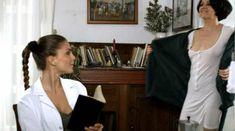 Маргерита Ди Раузо без лифчика в фильме «Неаполитанцы» фото #2