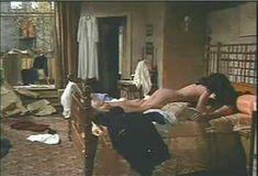 Красотка Мари-Франс Пизье оголилась в фильме «Другая сторона полуночи» фото #7