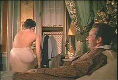 Красотка Мари-Франс Пизье оголилась в фильме «Другая сторона полуночи» фото #15