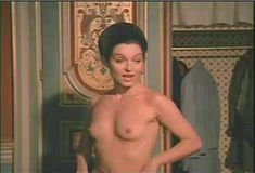 Красотка Мари-Франс Пизье оголилась в фильме «Другая сторона полуночи» фото #16