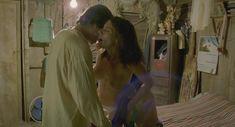 Голая Марибель Верду в фильме «И твою маму тоже» фото #13