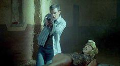 Голая Мариса Рамирес в фильме «Город смерти» фото #7