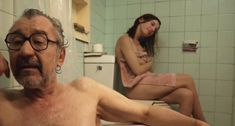 Голая Мария Вальверде в фильме «Мадрид» фото #17
