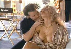 Голая Мария Форд в сериале «Бухта страсти. Восходящие звезды» фото #1