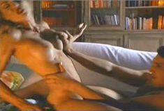 Голая Мария Форд в сериале «Бухта страсти. Восходящие звезды» фото #10