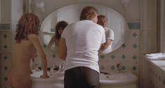 Абсолютно голая Мария Шнайдер в фильме «Последнее танго в Париже» фото #18