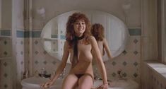 Абсолютно голая Мария Шнайдер в фильме «Последнее танго в Париже» фото #20