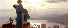 Голая грудь Марии де Медейруш в фильме «Золотые яйца» фото #2