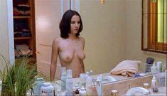Красивая голая грудь Марты Игареды в фильме Amar te duele фото #11