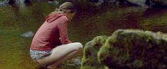 Голая грудь Мии Гот в фильме «Специалист по выживанию» фото #17