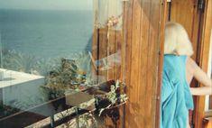 Полностью голая Мирей Дарк снялась в фильме «Чемодан» фото #4