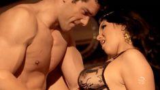 Мисси Мартинес оголила попку и грудь в фильме «Однажды на кухне» фото #6