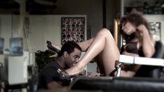 Полностью голая Мисти Стоун в сериале «Секс-хроники» фото #1