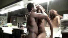 Полностью голая Мисти Стоун в сериале «Секс-хроники» фото #4