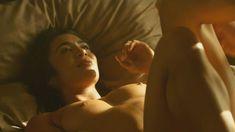 Мишель Лукес засветила сосок в сериале «Ответный удар» фото #1