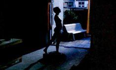 Абсолютно голая Моник ван де Вен в фильме «Турецкие наслаждения» фото #1