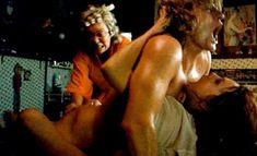 Абсолютно голая Моник ван де Вен в фильме «Турецкие наслаждения» фото #63