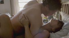 Страстная Мора Тирни засветила голую грудь в сериале «Любовники» фото #4