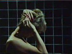 Красивая Морган Фэйрчайлд снялась полностью голой в фильме «Соблазнение» фото #2