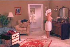 Полностью голая Мэнди Фишер в сериале «Лучший секс в вашей жизни» фото #1