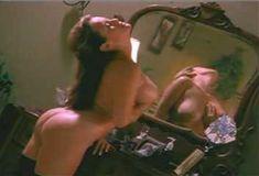 Полностью голая Мэнди Фишер в сериале «Лучший секс в вашей жизни» фото #9