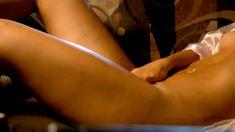 Соблазнительная Мэри Элис ЛеГолт снялась голой в сериале «Запретная наука» фото #14