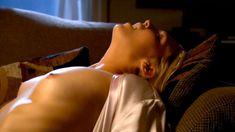 Соблазнительная Мэри Элис ЛеГолт снялась голой в сериале «Запретная наука» фото #15