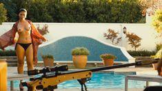 Шикарная Натали Бекер показала голую грудь в сериале «Ответный удар» фото #2