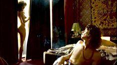 Красавица Наталия Авелон снялась голой в фильме «Дикая жизнь» фото #40