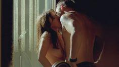 Сексуальная Наталия Авелон снялась голой в сериале «Ответный удар» фото #10