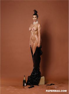 Ким Кардашьян снялась голой для журнала Paper фото #4