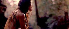 Наташа Мальте засветила грудь в фильме «Волки–оборотни» фото #3