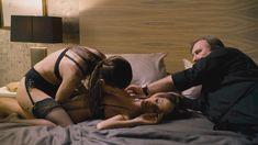 Наташа Романова оголила грудь и попу в фильме «Добро пожаловать в Нью-Йорк» фото #1